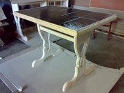 стол,  кровать
